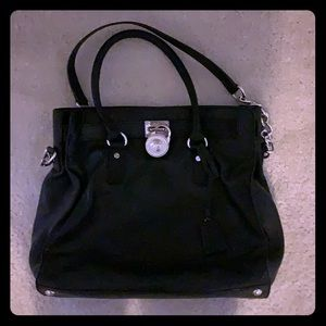 GENUINE Michael KORS Leather purse